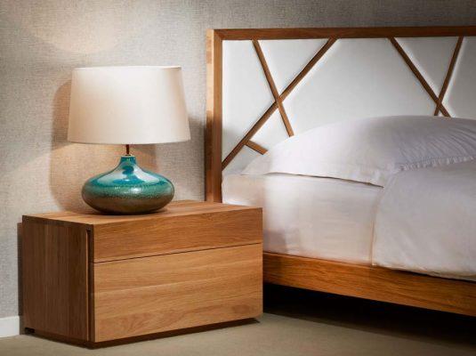 Noční stolek Triant